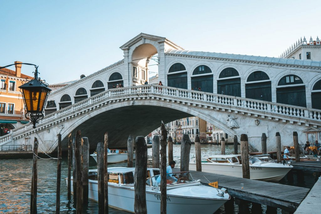Rialto Bridge, Rialto Bridge Venice, Venice, Venice itinerary, Venice hotspot, One day in Venice, Venice things to do